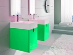 солидни  шкафове за баня от естествени материал