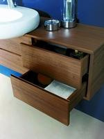 мебели за баня с механизми плавно затваряне първокласни
