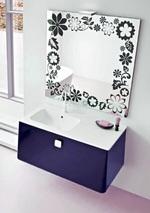 модернистични  цветни шкафове за баня
