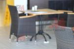 Дизайнерска основа за бар маса за хотел