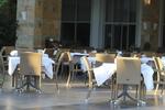 Качественни бази за маси за хотели
