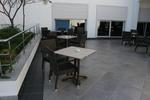 Качествени основи за бар маси за ресторанти