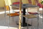 Дизайнерска основа за маса с квадратна основа