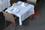 Метални основи за маси за хотели
