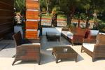 Универсален стол и маса от ратан за море за всесезонно използване