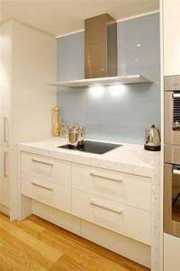 кухня с технически камък