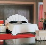 Бяла дизайнерска спалня