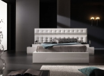 Бяло тапицирано легло