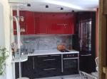 Кухня по поръчка МДФ гланц в червено и кафяво