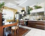 Кухненски мебели бяло и ПДЧ тъмен орех