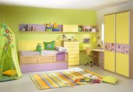 жълта детска стая