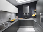 Кухня в светло и черно