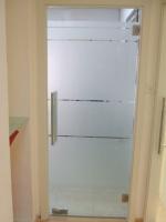 модерна стъклена врата 1334-3577