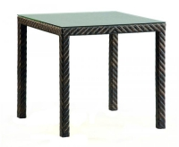 Квадратна маса от ратан