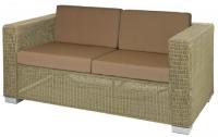 Кафяв диван от ратан