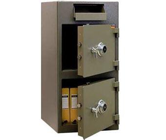 Поръчкови депозитни сейфове
