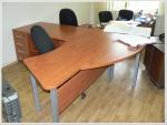 Офис мебел череша