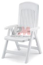 Пластмасови сгъваеми столове за заведения