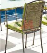 Метални столове с различни седалки