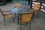 Дизайнерска стойка за маса