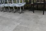 Различни височини стойки за бази за маси за външно ползване