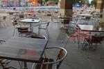 Бази за маси за ресторанти, с различна големина