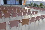 Стифиращи пластмасови столове с ниска цена