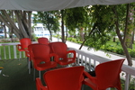 Пластмасови столове червени за кефенета