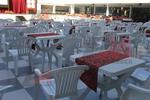 Пластмасов стол за лятно заведение
