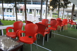 Градински пластмасови столове червени