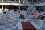 Пластмасови столове за кафене