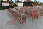 Пластмасов стол за градина