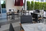 стол от метал за ресторант