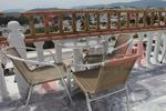 Стол,произведен от метал за ресторанти с различен вид седалка