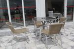 Метални столове за заведения с разнообразни размери