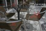 Метални столове за външно ползване с доставка