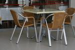 качествени метални мебели-столове за вътрешна и външна употреба