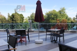 Устойчив стол от метал за дома,заведението,басейна,градината