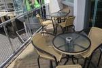 Устойчив комфортен метален стол