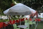 Основи за маси за ресторанти, с различна големина