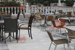 Метални столове за басейни с различни визии