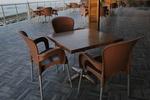 Дизайнерска основа за бар маса за заведение