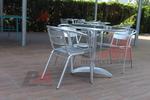 Метална алуминиева маса за хотел