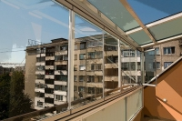 Остъклени балкони