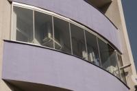 Тераси остъклени с безпрофилни стъкла и дограми