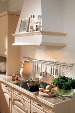 Кухня по поръчка от светло дърво 370-2616