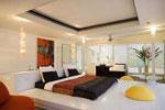 Нестандартен проект за спалня по поръчка с основа, много по-голяма от матрака 197-2618