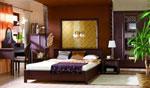 Индивидуална спалня по поръчка с виолетово и кафяво и специална табла за
