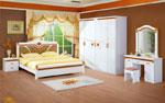 Кокетно решение за спалня по индивидуален проект в бяло с  геометрични акценти в оранж88-2618