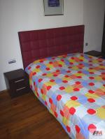 вносител  модерни мебели за спални комплекти